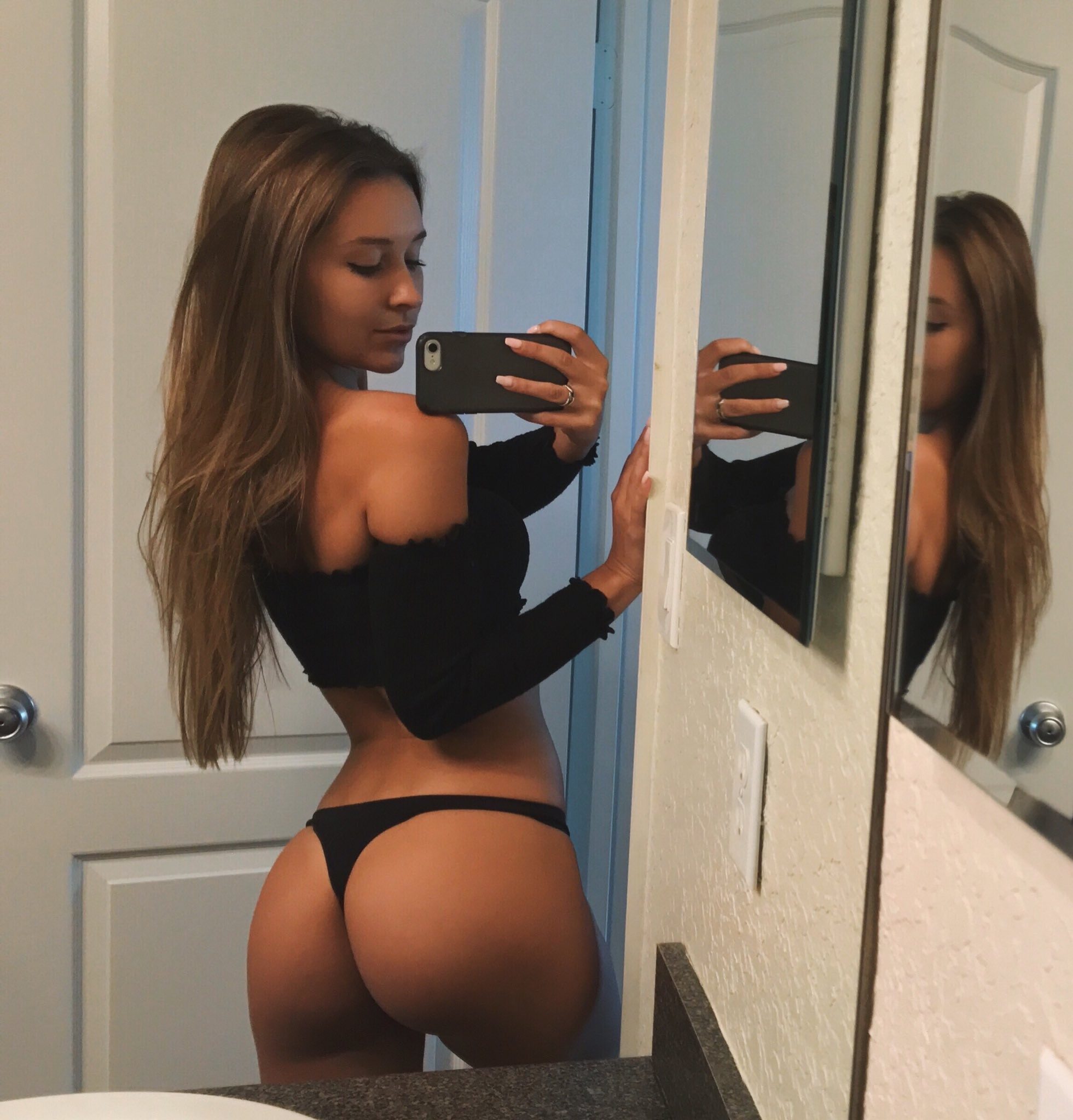 sexy office whore in sexy lingerie