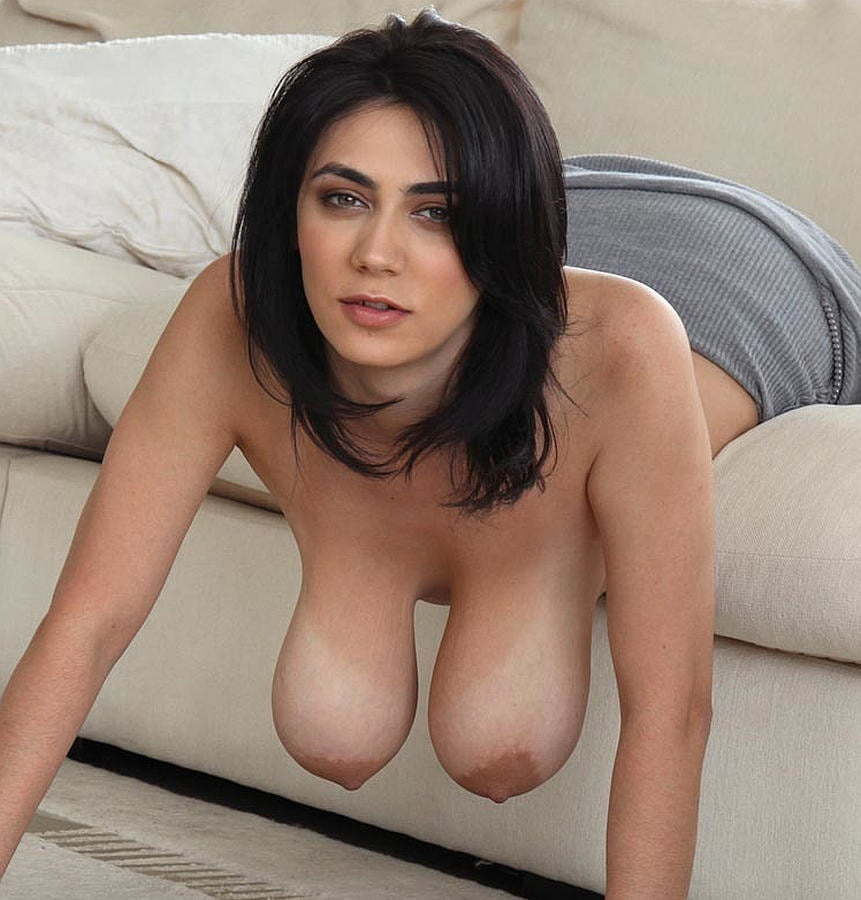 black hair skinny nude outdoors and skinny nude girls outdoors xxx