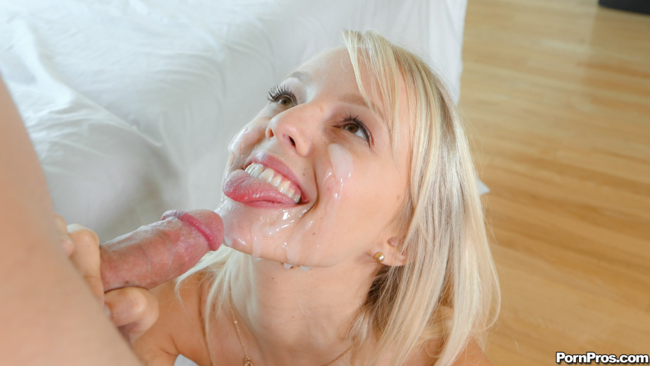 tantalizing japanese blondy moans while being