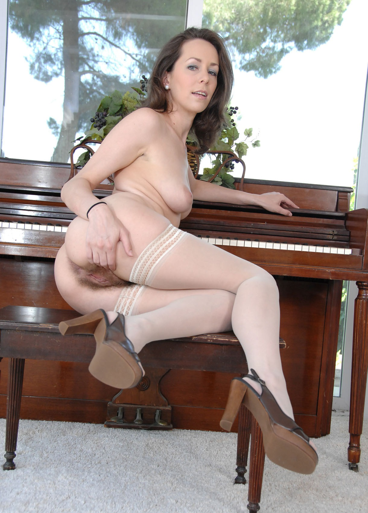 sandrine clementine xvideos free watch and download