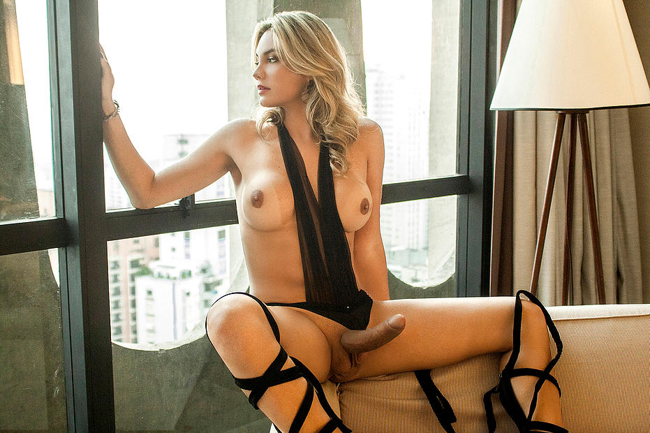hot girls to jerk off to